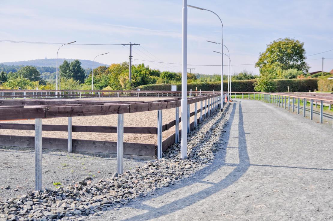 Außenreitplatz & Ovabahn