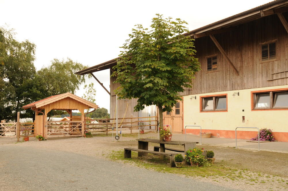 Kraftfutterstationen